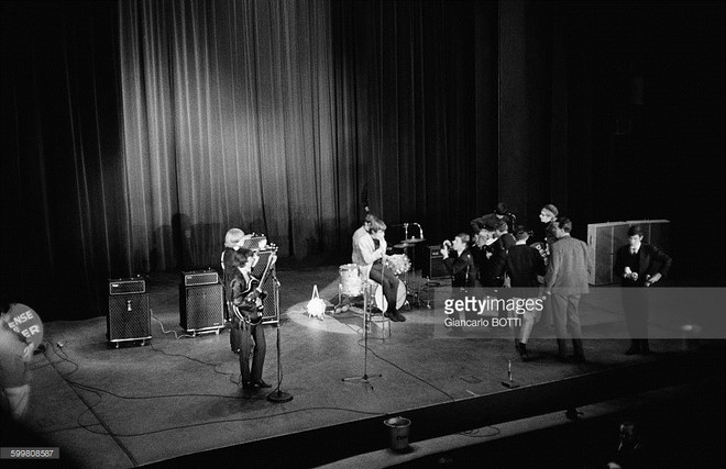 Rolling Stones, Olympia Theatre, Paris 1964 with a Vox AC100 SDL